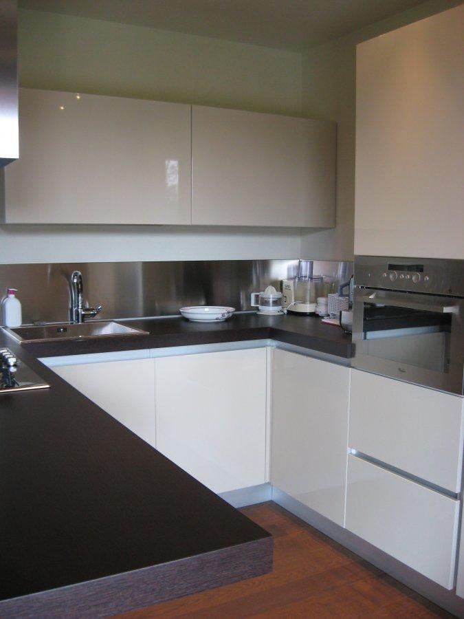 Minimal cucine minimal usa glam kitchen at the clock for Minimal cucine